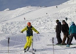 Small groups on ski instructor courses mean you will get more time with your mentor.